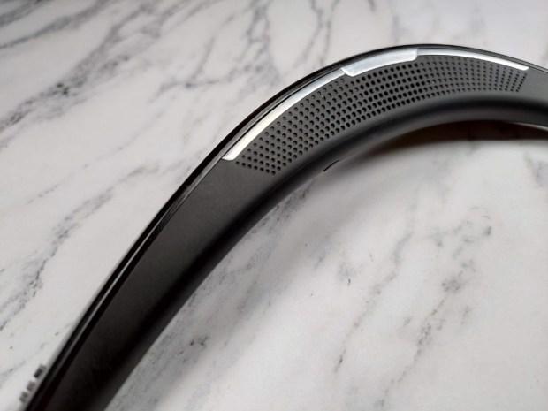 用 6 天不用充電,SHARP AQUOS Sound Partner 頸掛式藍牙揚聲器給你不同的耳機體驗 P_20190605_092929