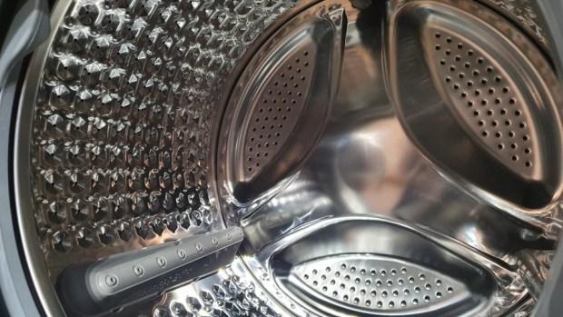 韓流來襲,DAEWOO 煒伲雅大宇在台推出世界首創「壁掛式洗衣機」,體積超迷你隨處好安裝 20190723_144554