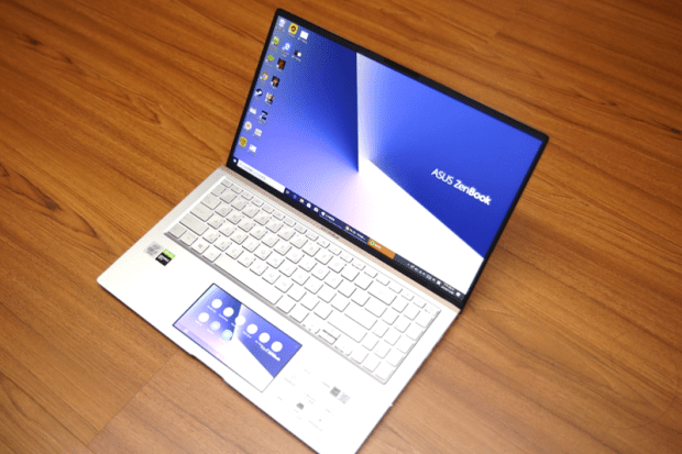 ASUS ZenBook 15(UX534)開箱評測,智慧觸控板真的太好用啦!美.力 無界 image001