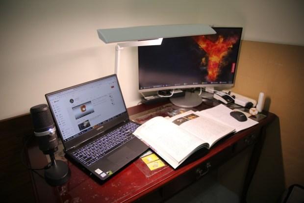 「Artso 亞梭傢俬LED雙臂優閱燈」好開箱,不佔空間、大範圍照射、可調色溫、桌面百搭設計! IMG_0015