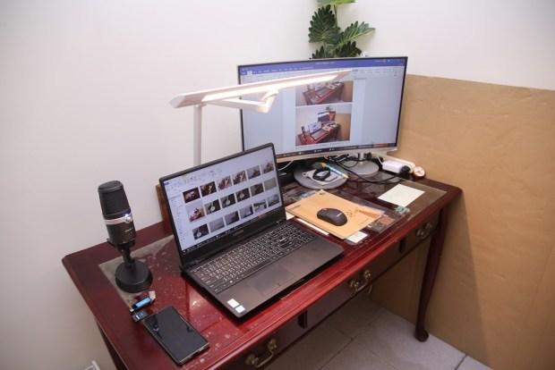 「Artso 亞梭傢俬LED雙臂優閱燈」好開箱,不佔空間、大範圍照射、可調色溫、桌面百搭設計! IMG_0201