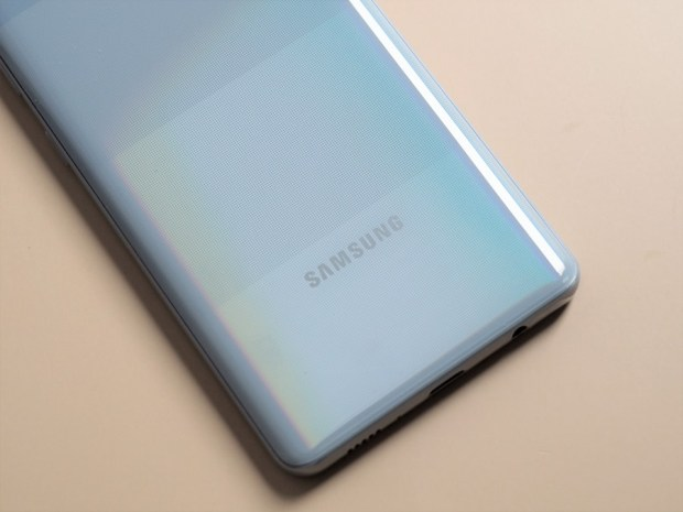 [評測]三星最好入手的平價 5G 手機來了!Galaxy A42 5G 搭載4+1鏡頭、5000mAh超大電量讓你爽用一整天 B190900