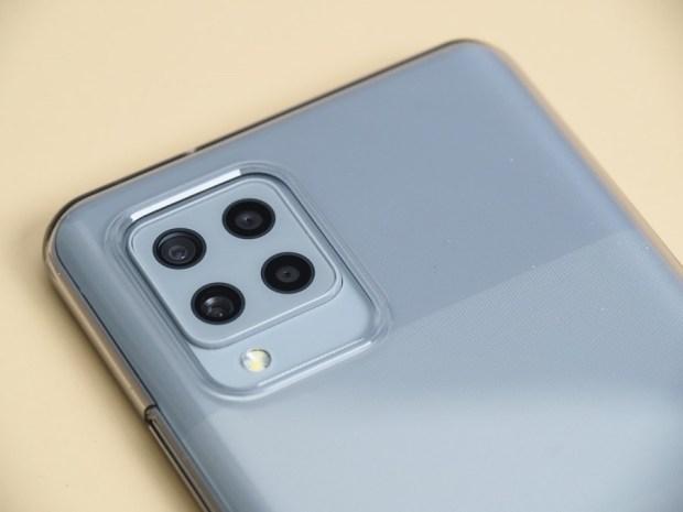 [評測]三星最好入手的平價 5G 手機來了!Galaxy A42 5G 搭載4+1鏡頭、5000mAh超大電量讓你爽用一整天 B231211