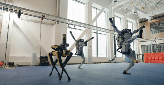 機器人跳舞比人厲害,波士頓動力新影片機器人複雜動作超吸睛 image-3