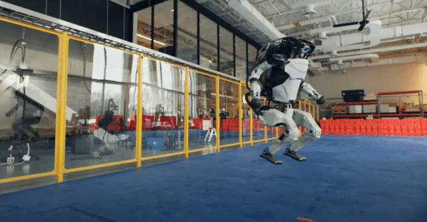 機器人跳舞比人厲害,波士頓動力新影片機器人複雜動作超吸睛 image-4