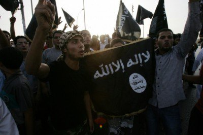 Libya: Militants Parade ISIS Flags Through East Libyan Town
