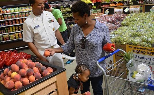 Report: Consolidate commissaries and exchanges