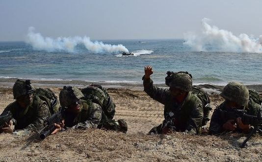 US, S. Korea Marines Stage Major Landing Drill