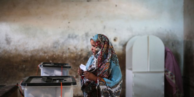 Voting Opens in Sudan, but Many Are Resigned to Bashir's Re-election