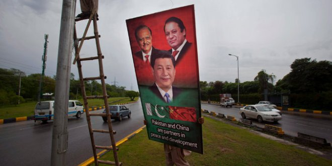 Xi Jinping Heads to Pakistan, Bearing Billions in Infrastructure Aid