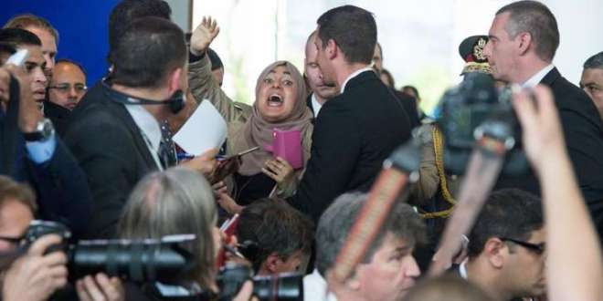 Chaos breaks out at Merkel's press conference with al-Sisi