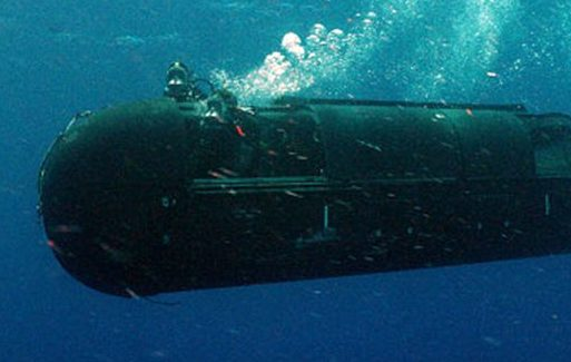 Navy SEALs Develop Dry Submersible Mini-Attack Submarine – Warrior – Scout