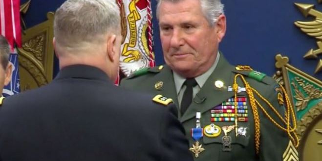 Fifty years later, Green Beret receives Distinguished Service Cross for valor in Vietnam | MilitaryTimes