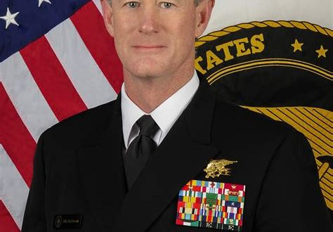 Retired Adm. William McRaven asks Trump to revoke his security clearance | CBS News