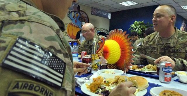 Deployed U.S. Troops Send Thanksgiving Shoutouts to Families, Friends | BREITBART