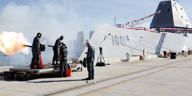 Navy commissions cutting-edge stealth destroyer to honor fallen Navy SEAL | WTKR News