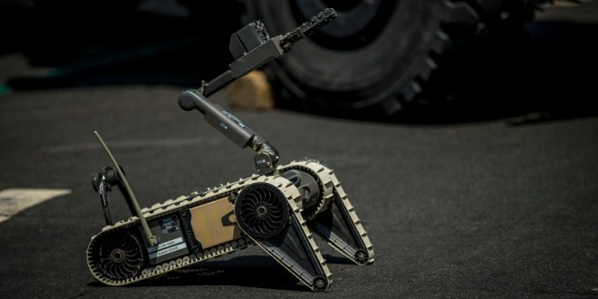 A host of 'smarticles' could give soldiers shape-shifting robots for future missions | Army Times