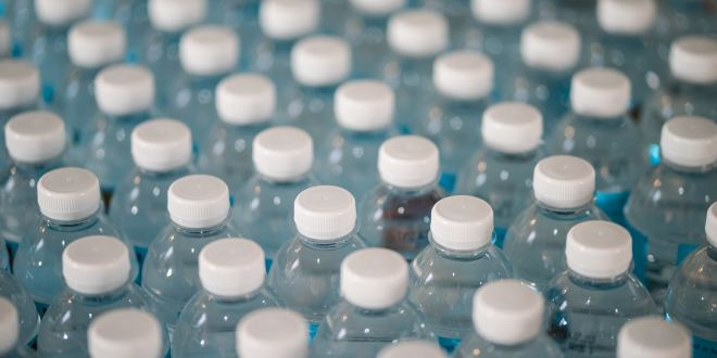 US Army Says Thirsty Soldiers Are Drinking Too Much Bottled Water | Futurism