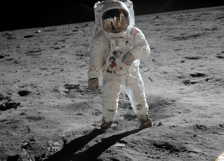 Dream job? NASA is hiring new astronauts for moon mission | Forbes