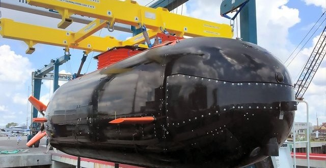 US special forces receive Dry Combat Submersible | Shephard