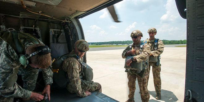 Two North Carolina National Guard Aviators earn the Distinguished Flying Cross | NCPDS