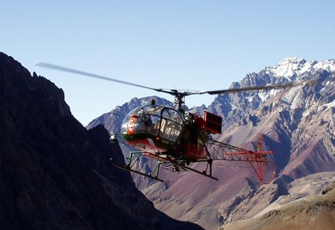 Montana National Guard aircrew rescues hikers at 9,300 feet | Task & Purpose