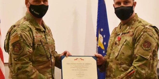 McConnell Reservist receives Bronze Star   919th Special Operations Wing