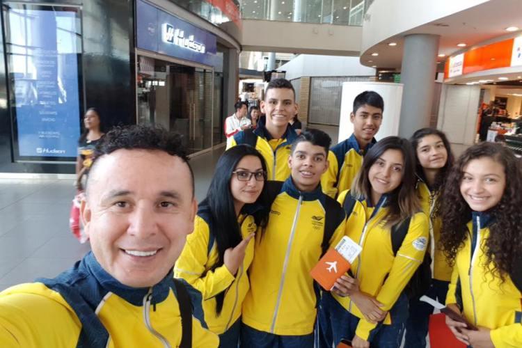 deportistas sogañoseños al suramericano