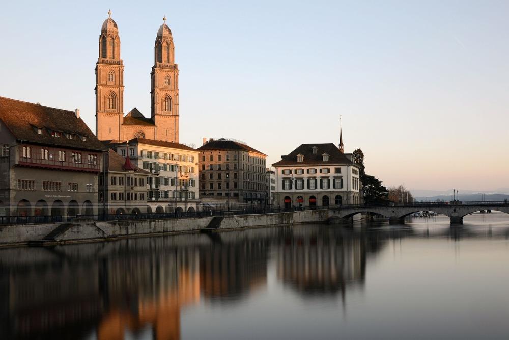 Spedizioni dall'Italia destinate alla Svizzera con Sogedim