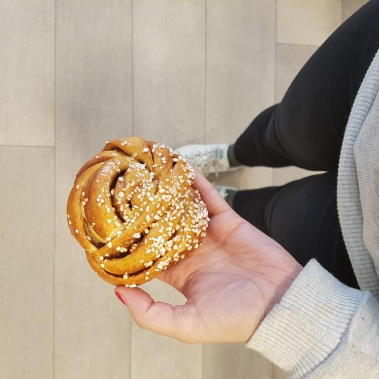cinnamon bread starbucks