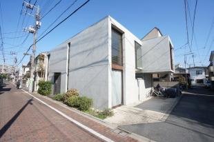 【募集終了】光が溢れる開放的な空間、高円寺のデザイナーズSOHO。