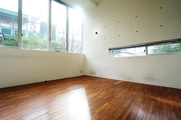 a place105号室2F日当り良好|SOHO東京
