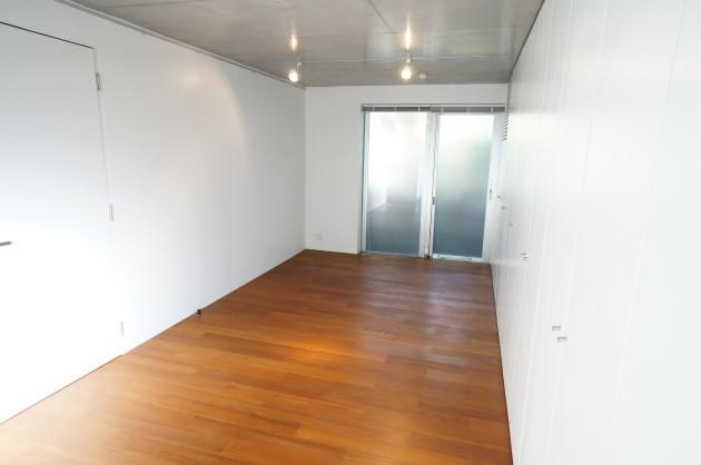 STEP-room2