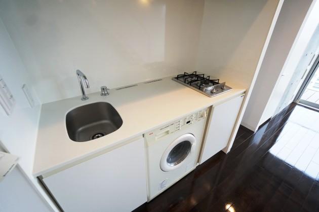 ipse-shibuya-1205-kitchen-sohotokyo