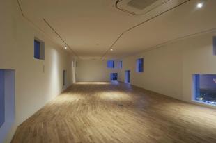 【募集終了】六本木。圧巻の新築無垢フローリングオフィス。