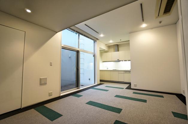 soho_kitaaoyama-104-room-08-sohotokyo
