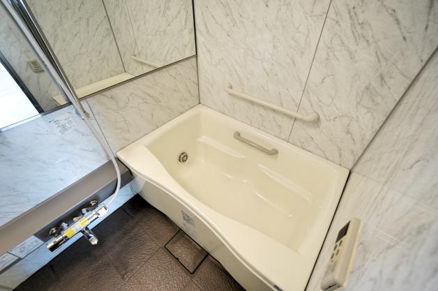 windward-401-bathroom-01-sohotokyo