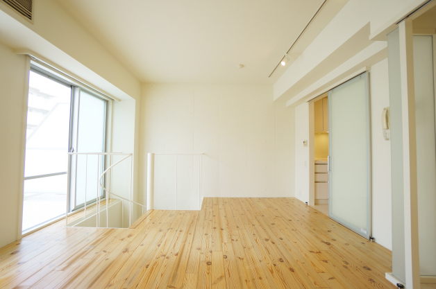 windward-401-room-03-sohotokyo