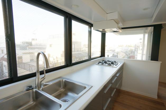 okusawa_apartment-5F-kitchen-01-sohotokyo