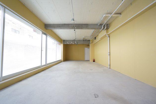 【募集終了】新宿御苑4分。視認性の良い1階オフィス空間。