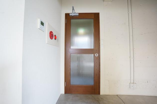 black-aoyama-5F-room04