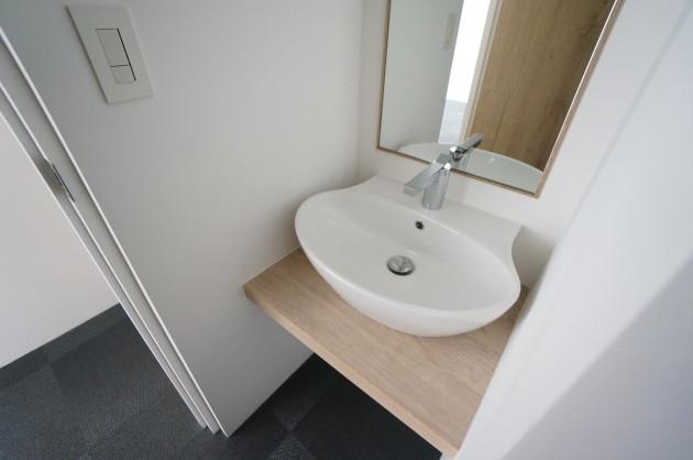flat_aoyama-308-toilet-01-sohotokyo