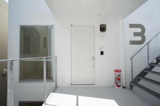protopasso-room301-entrance-01-soho-tokyo