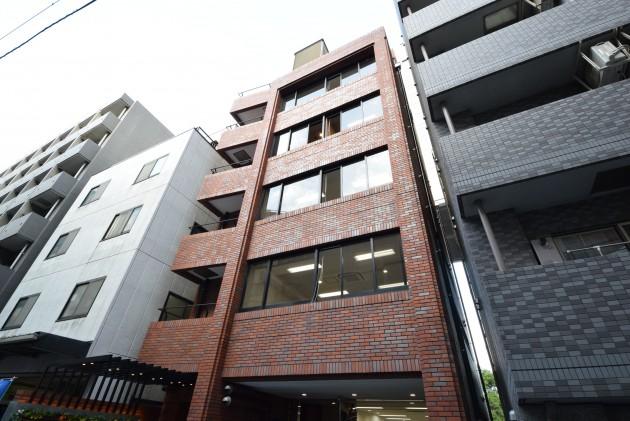 brick_gate_nihonbashi-4F-facade-01-sohotokyo