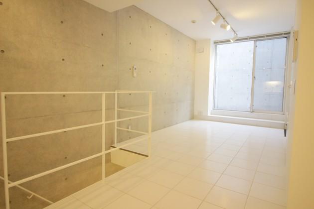 moderiaBrut_omotesando-room-05-sohotokyo