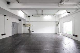 【募集終了】赤坂、スタジオ仕様のリノベーションは天高3.3m