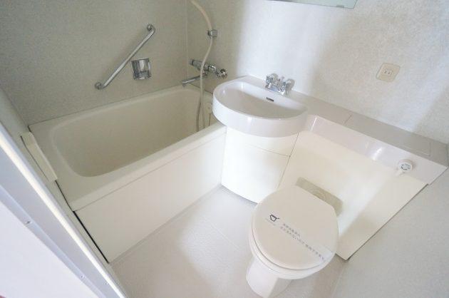 curve6-502-room2-toilet-01-sohotokyo