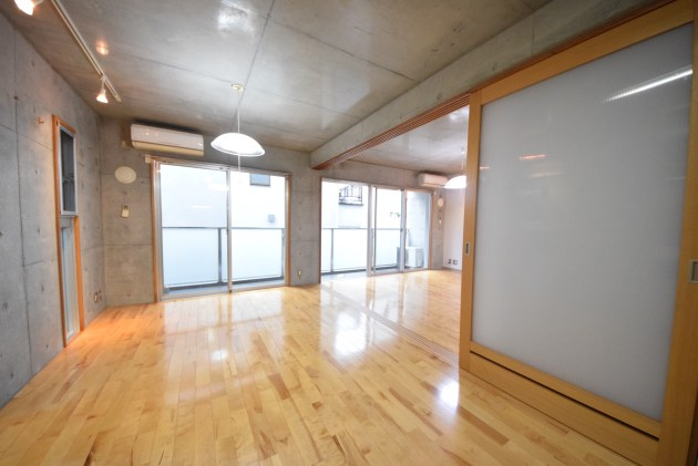 soreiyu_jiyugaoka-A2-livingroom-01-sohotokyo