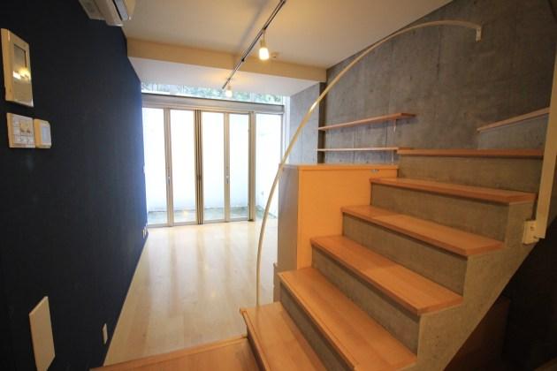 yoyogihouse-3-B1F-livingroom-07-sohotokyo