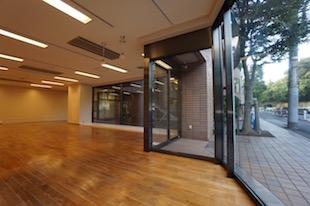 【募集終了】外苑西通り沿い、ショールーム等店舗が可能な空間で